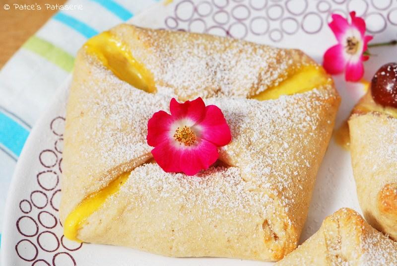 Rezept Quarktaschen mit Kirschen & Vanille