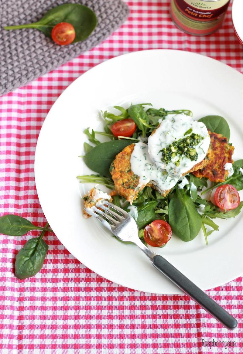 Rezept Quinoa-Taler mit Bärlauch und Joghurtdip