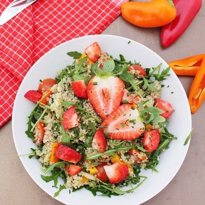 Rezept Quinoasalat mit Erdbeeren