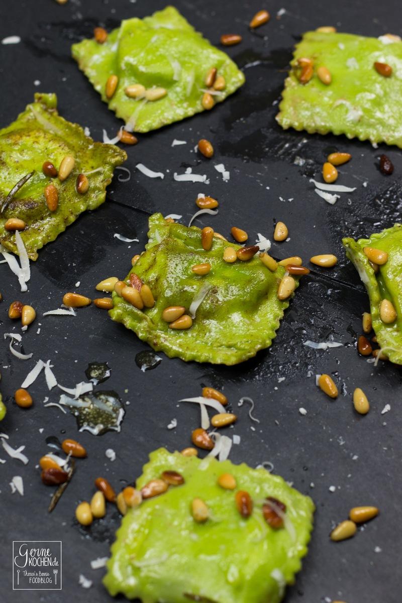 Rezept Ravioli verdi con burrata - Grüne Ravioli mit Trüffelburrata