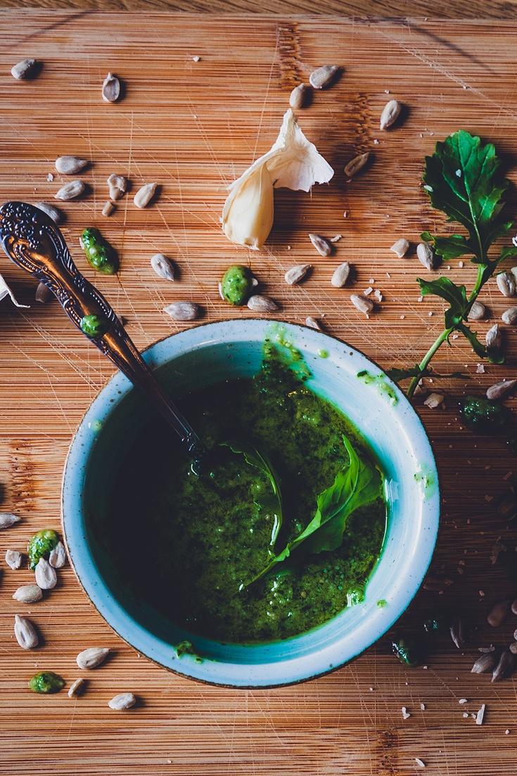 Rezept Rezept für nussiges, leicht scharfe Rucola-Pesto