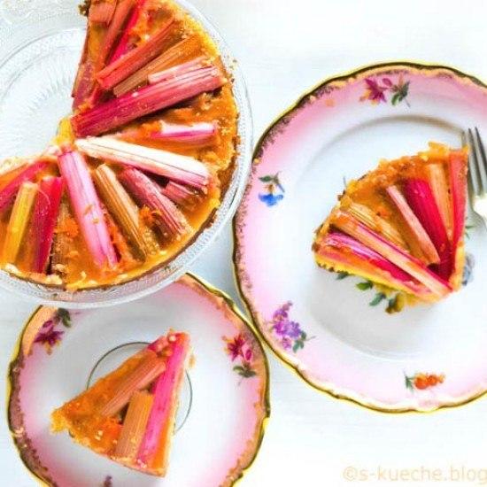 Rezept Rhabarber Grieß Kuchen mit Karamell und Orange