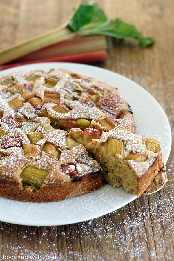 Rezept Rhabarber-Polenta-Kuchen