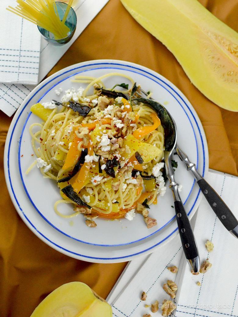 Rezept Roasted Butternut Pasta mit Feta und Walnüssen
