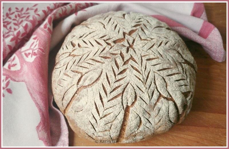 Rezept Roggen-Dinkel-Sauerteigbrot mit hübschem Muster