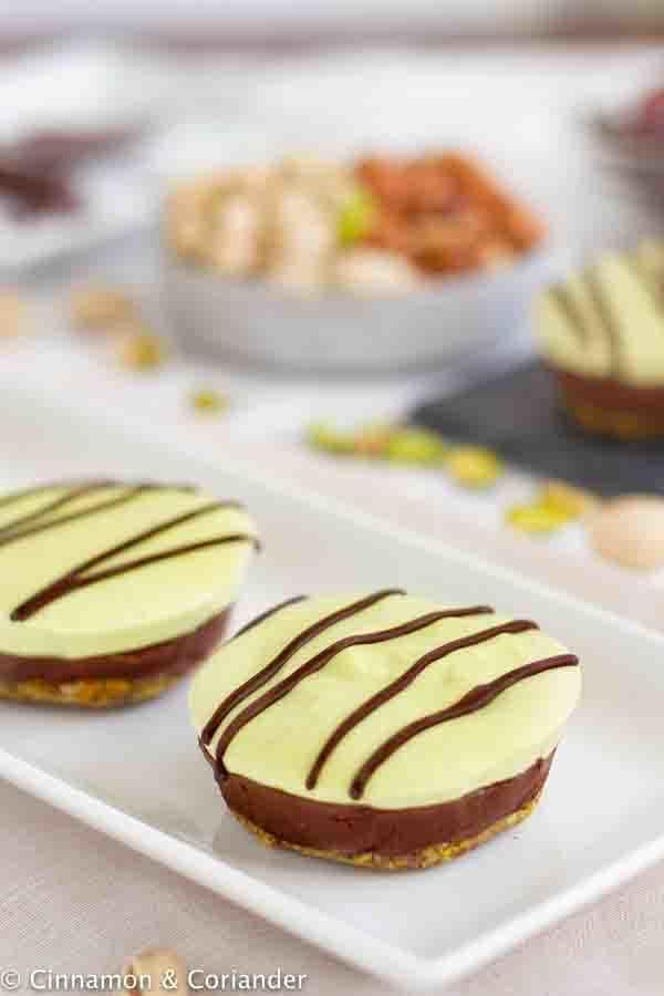 Rezept Roh Veganer Nougat Pistazien Käsekuchen (Mozart Cheesecake)