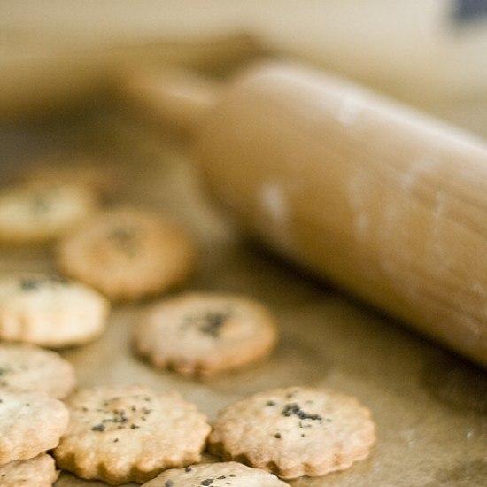 Rezept Roquefort-Cracker mit schwarzem Meersalz