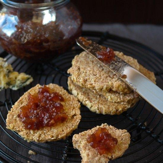 Rezept Rote-Bete-Chutney und Hafer-Dinkel-Cracker