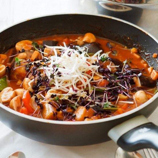 Rezept Rotes Thai-Curry mit Auberginen, Champignons und Süßkartoffeln