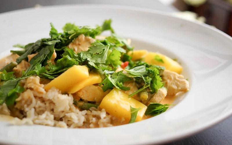 Rezept Rotes Thai Curry mit Huhn und Mango