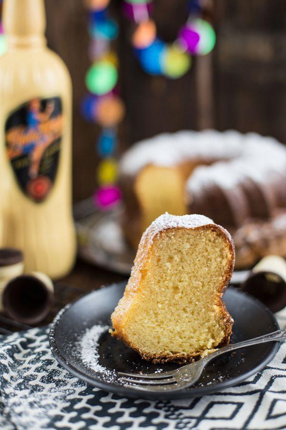 Rezept Saftiger Eierlikör Kuchen Rezept – klassische Variante