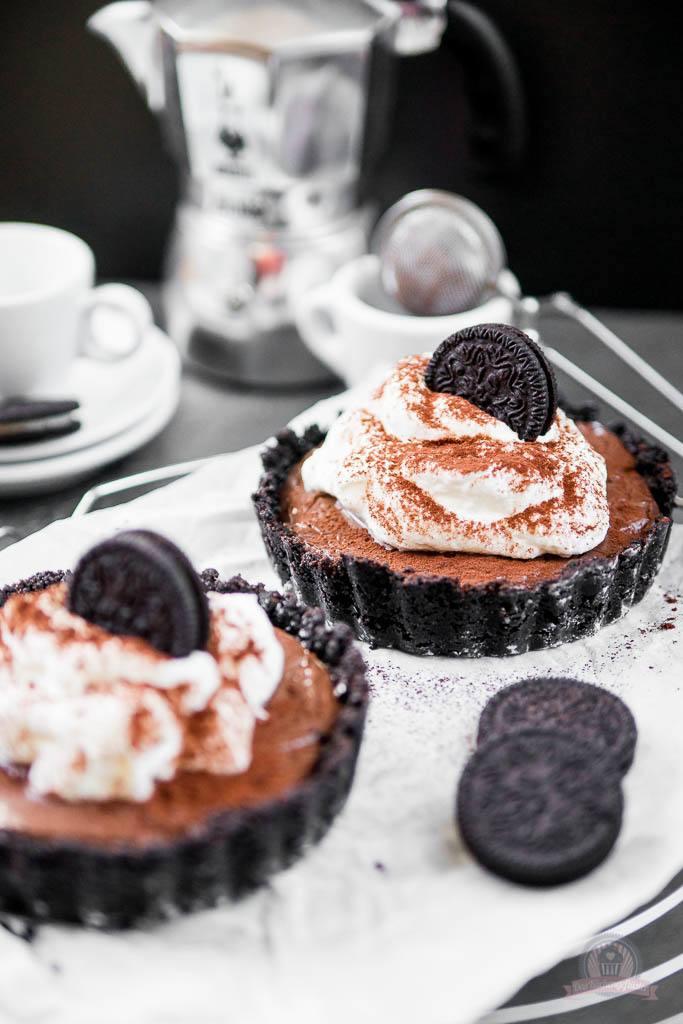 Rezept Sahne-Pudding-Törtchen in Schokokeks-Tartelettes
