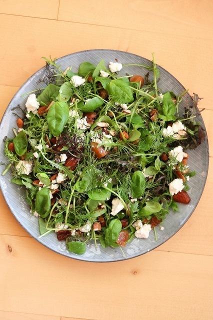 Rezept Salat mit Datteln, Mandeln und Feta