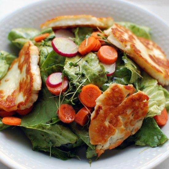 Rezept Salat mit gegrilltem Halloumi