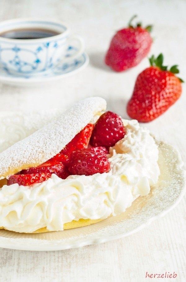Rezept Schaum-Omelette mit Erdbeeren