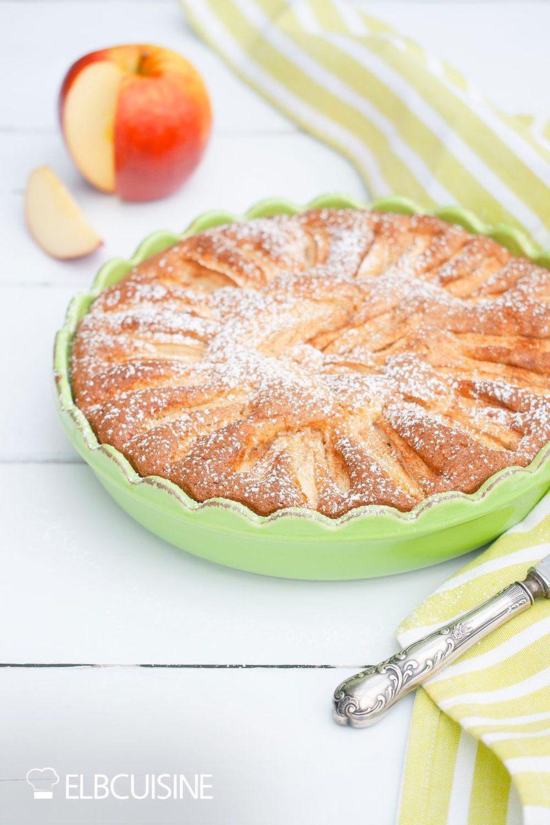 Rezept Schneller Apfelkuchen – luftig & lecker!