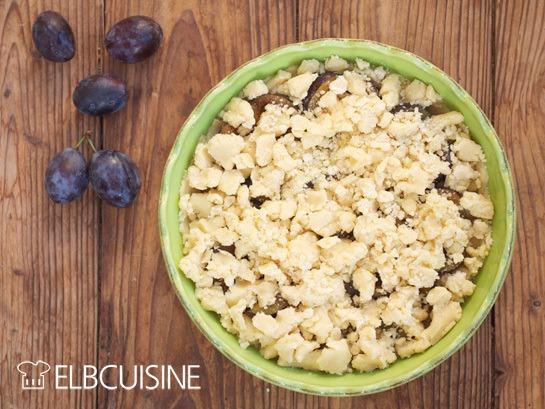 Rezept Schnellster Obstkuchen der Welt, der alle Frucht- und Streuselfans verzaubert– natürlich selbstgebacken!