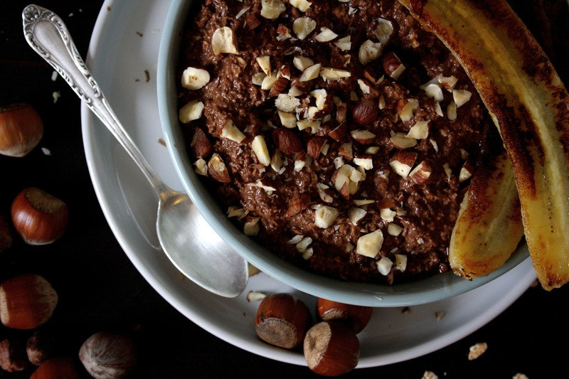 Rezept Schoko-Haselnuss-Frühstück mit gebratener Banane
