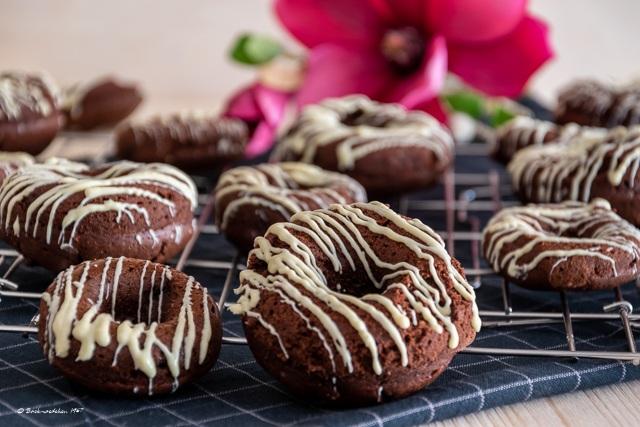 Rezept Schokoladen-Donuts aus dem Backofen