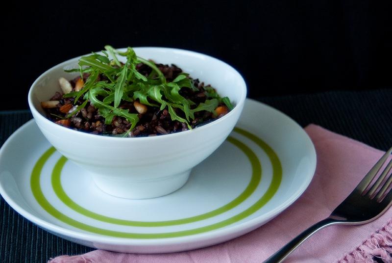 Rezept Schwarzer Reissalat mit Mandeln, Ruccola und getrockneten Cranberries
