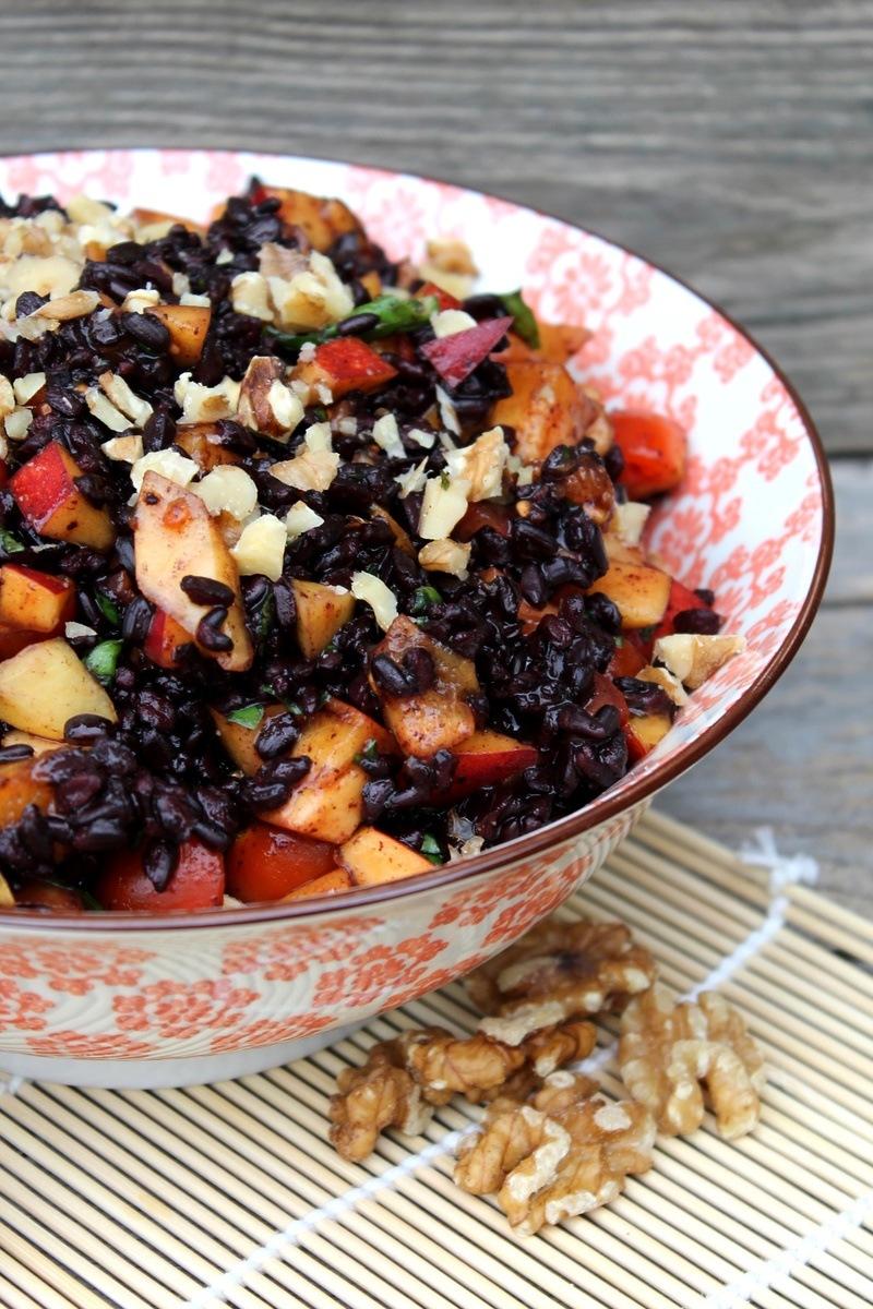 Rezept Schwarzer Reissalat mit Nektarinen und Walnüssen