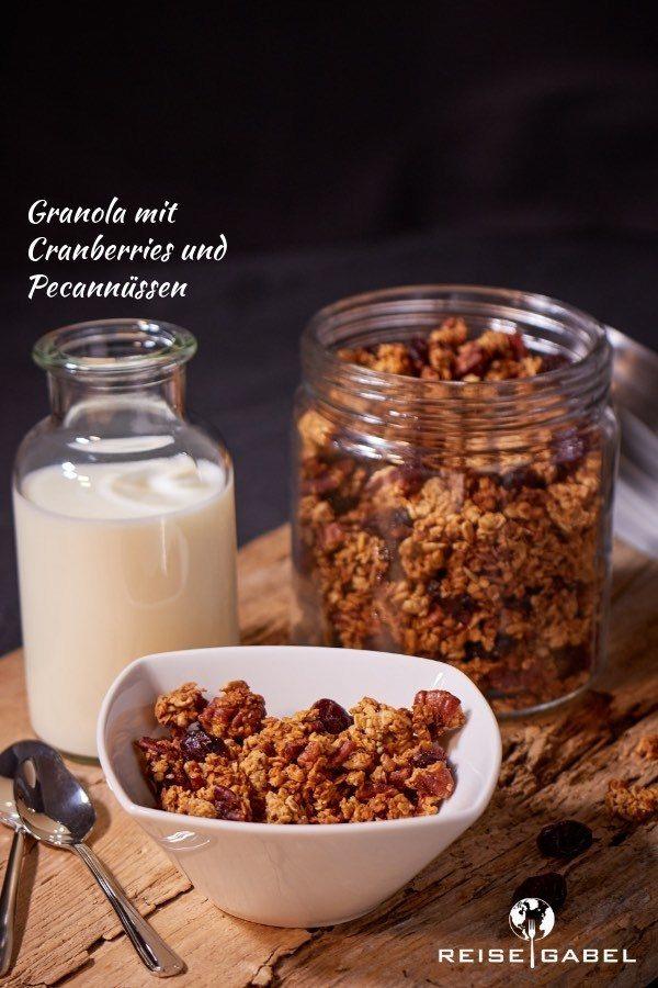 Rezept Selbstgemachtes Granola mit Cranberries und Pecannüssen