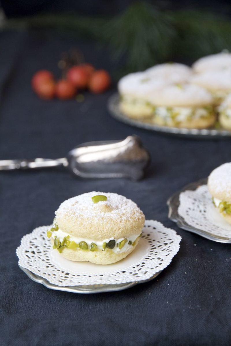 Rezept Shirini Latifeh - mit Rosensahne gefüllte Snowbites
