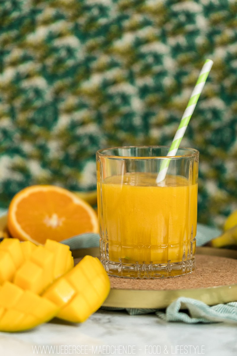 Rezept Smoothie mit Mango Banane und Orange