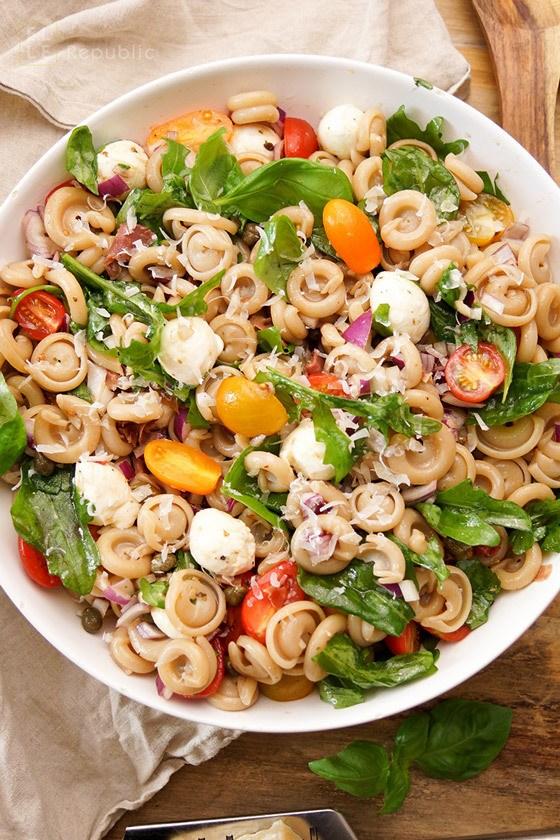 Rezept Sommer Nudelsalat einfach und gesund