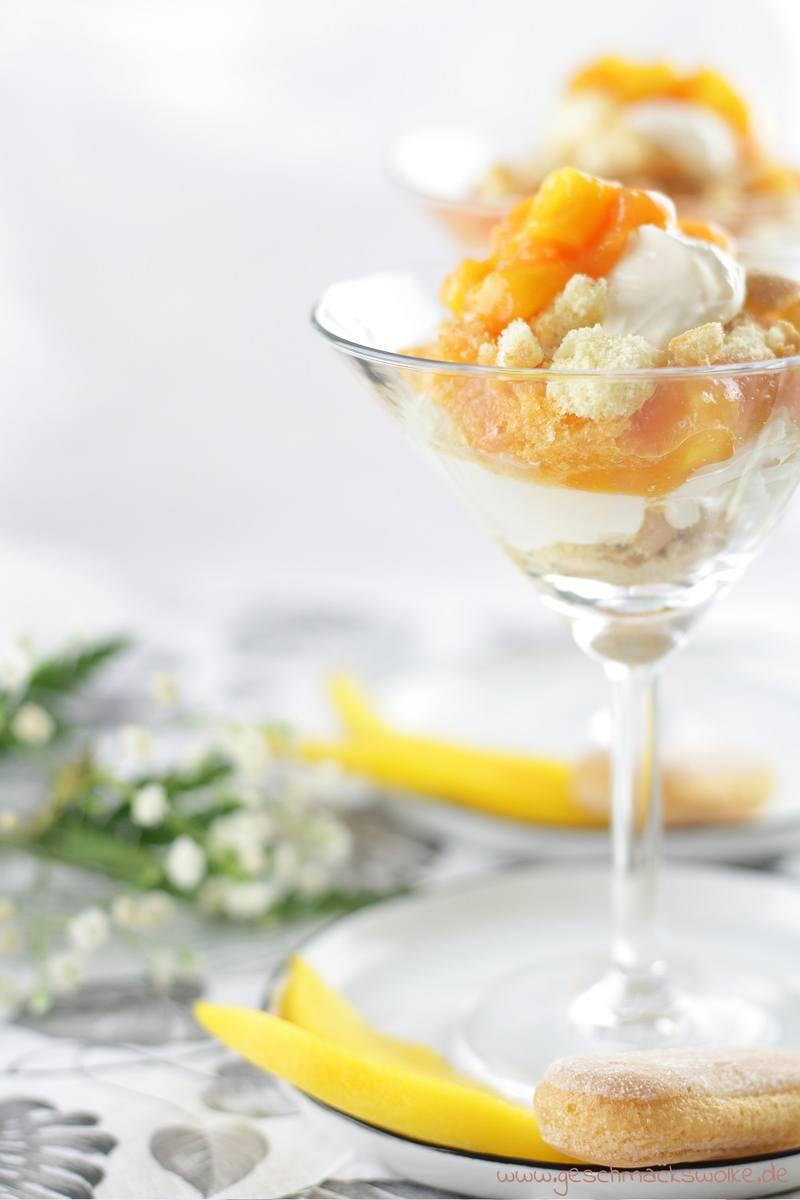 Rezept Sommerliche Mascarpone-Quarkspeise mit Mango und Papaya