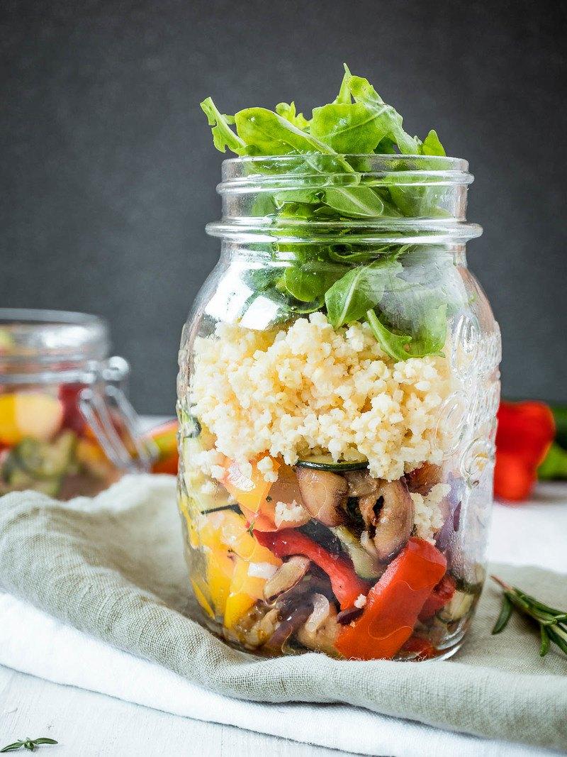 Rezept Sommerlicher Antipasti-Hirse-Salat im Glas