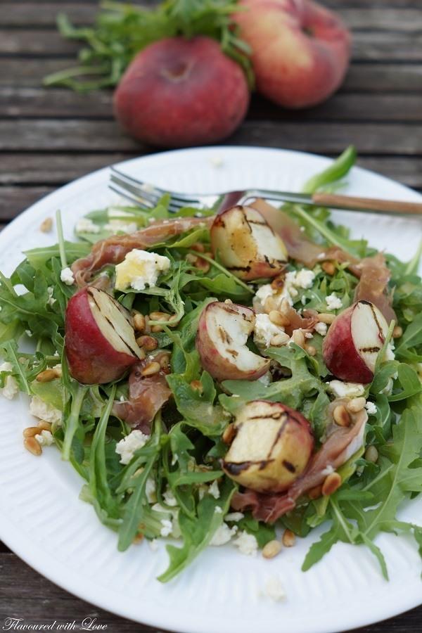 Rezept Sommersalat mit gegrillten Pfirsichen