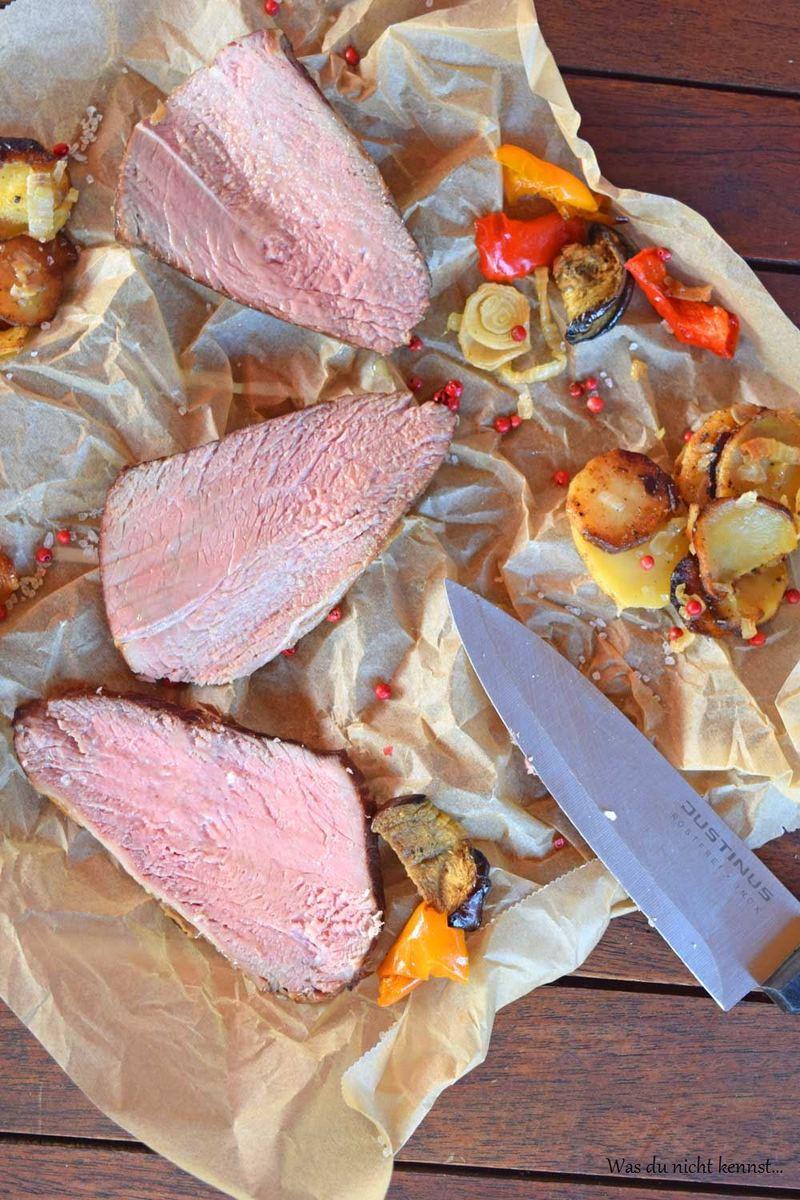 Rezept Sous-Vide gegartes Rindfleisch mit Ofengemüse und Bratkartoffeln