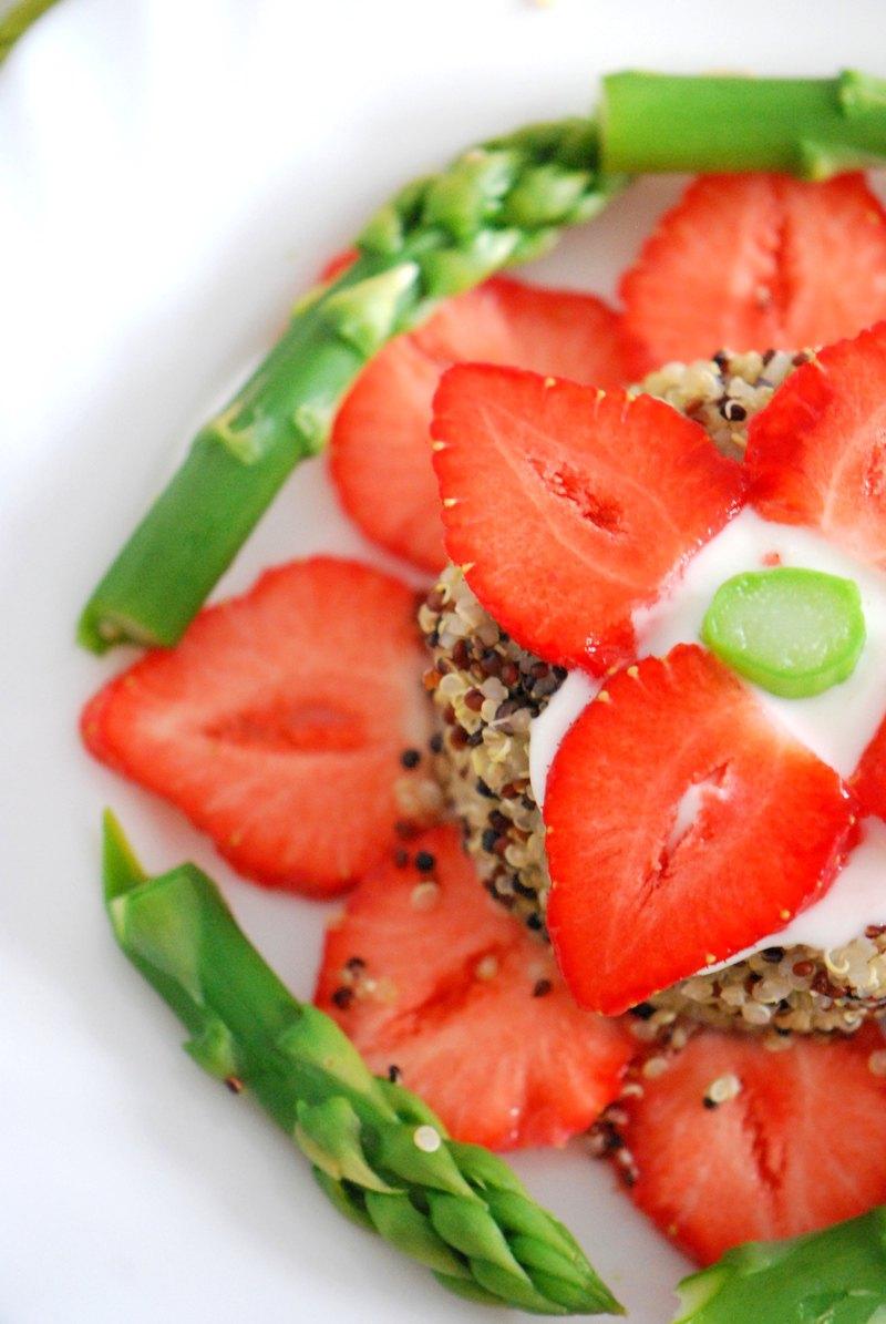 Rezept Spargel-Erdbeer-Salat mit Quinoa