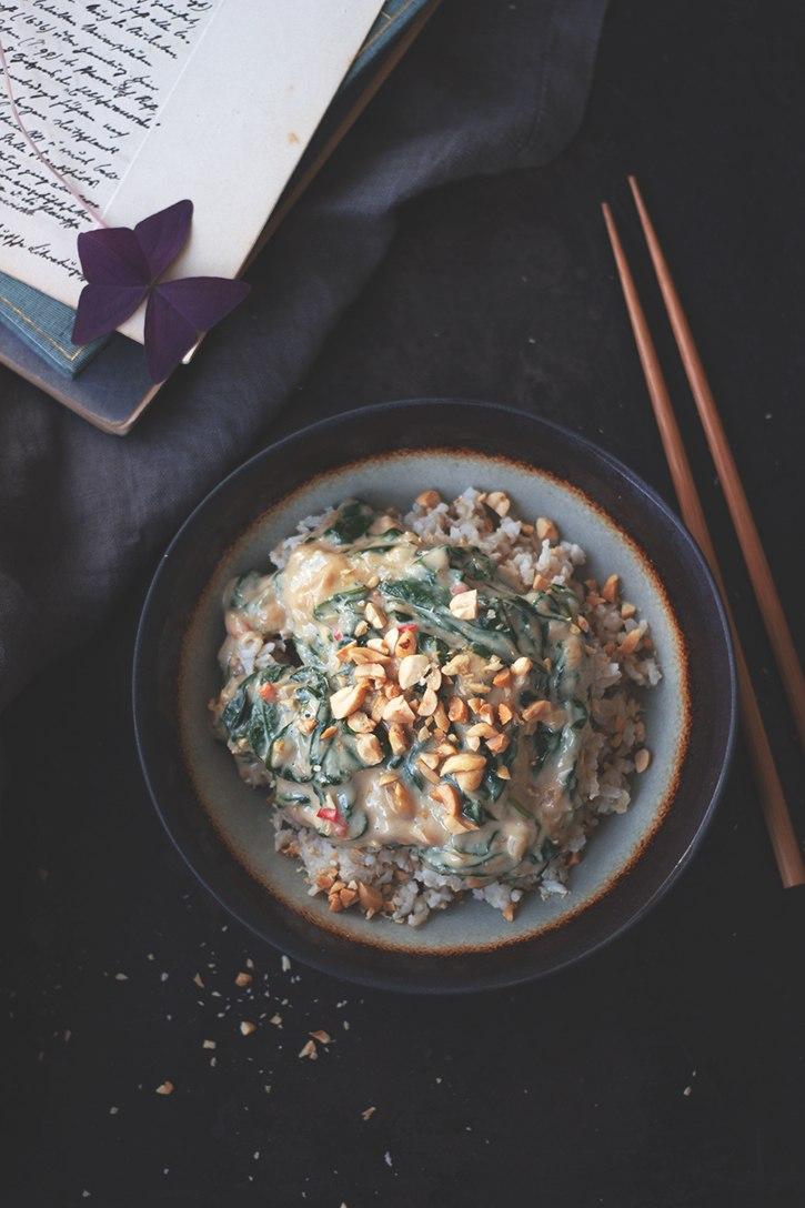 Rezept Spinat-Erdnuss-Sauce mit Reis