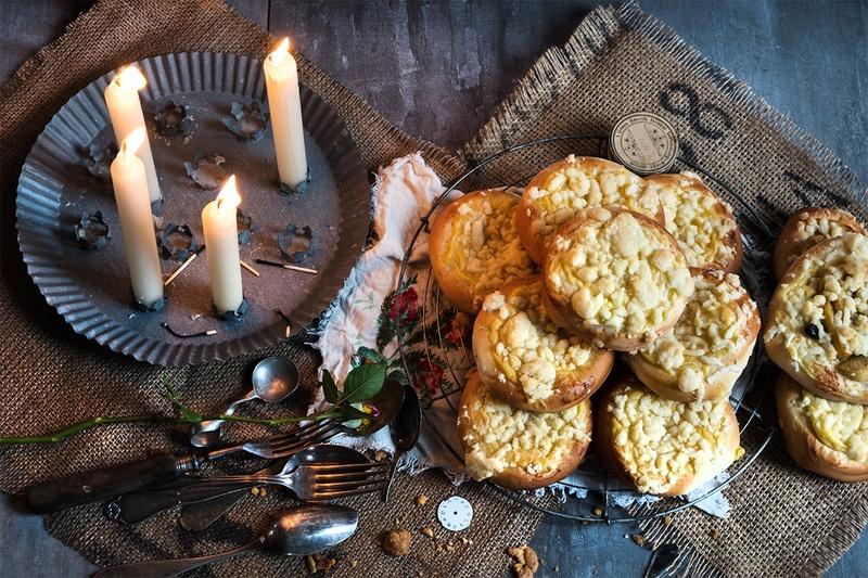 Rezept Streuseltaler mit Pudding und Äpfeln