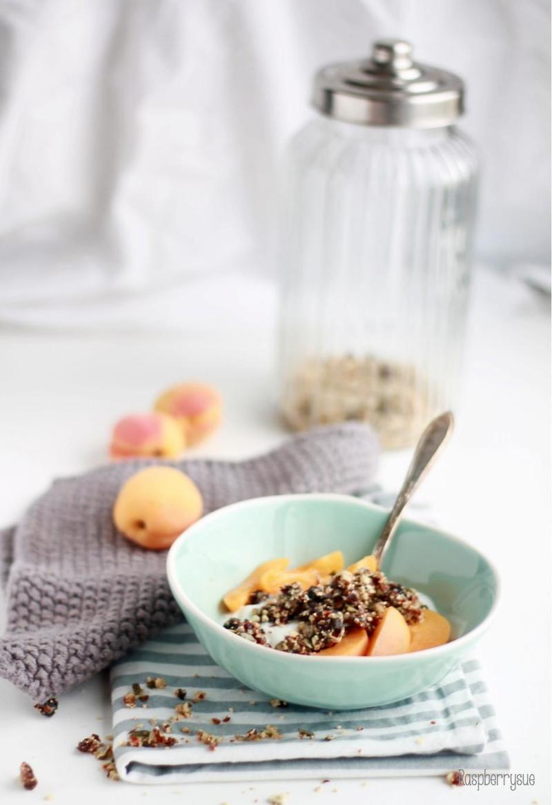 Rezept Superfruit Granola Bowl