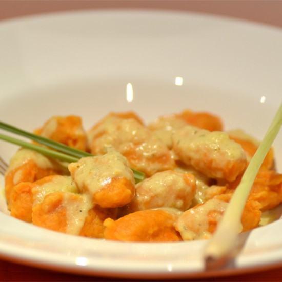 Rezept Süßkartoffel-Gnocchi in Mango-Kokos-Sauce