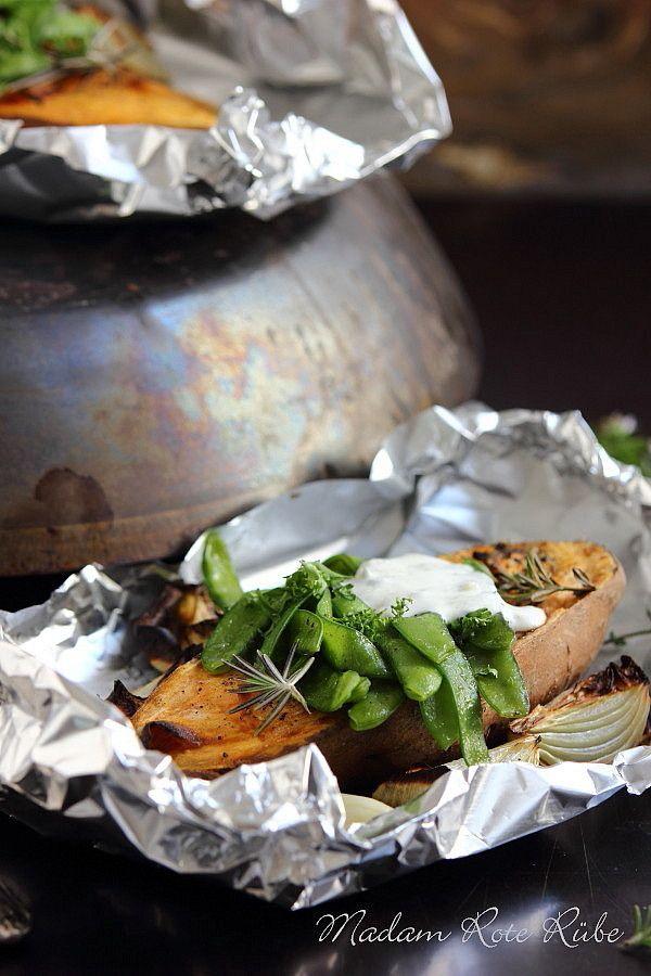 Rezept Süßkartoffel mit Zuckererbsen und Knoblauch-Dip