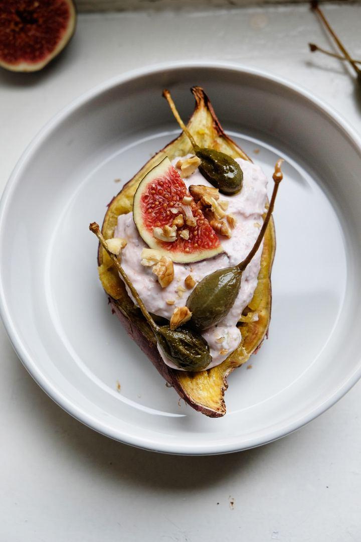 Rezept Süßkartoffeln mit Feigencreme, frittierten Kapern und Walnüssen