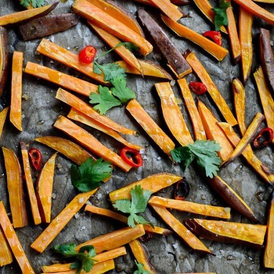 Rezept Süßkartoffelpommes mit Chili und Koriander