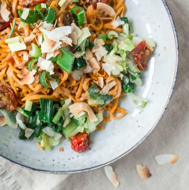 Rezept Sweet Potato Noodles mit Cashew Dressing
