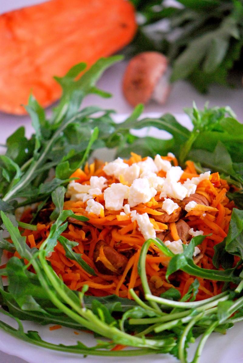 Rezept Swoodles - Sweet Potato Noodles mit Feta, Champignons & Rucola