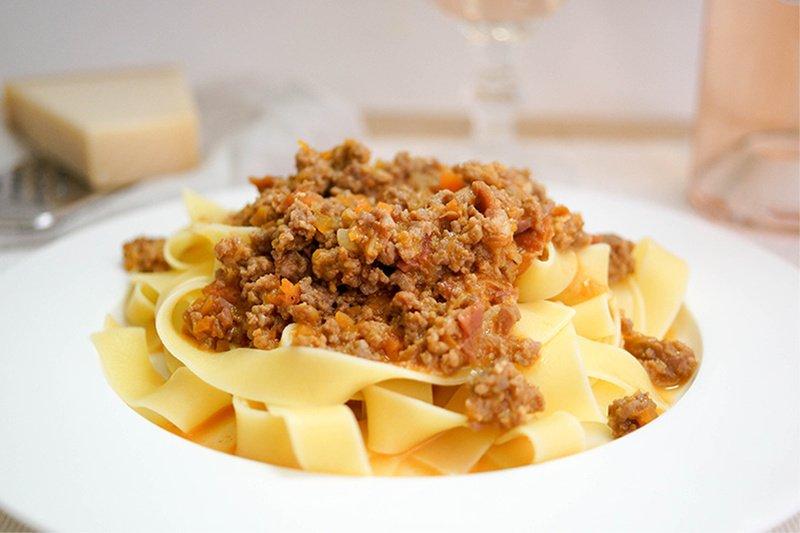 Rezept Tagliatelle al Ragù (klassische Bolognese) mit Kalbfleisch