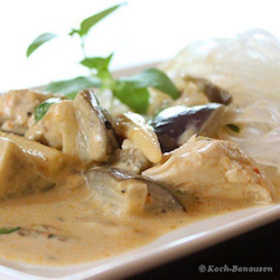 Rezept Thai Curry mit Augberginen und Thai-Basilikum