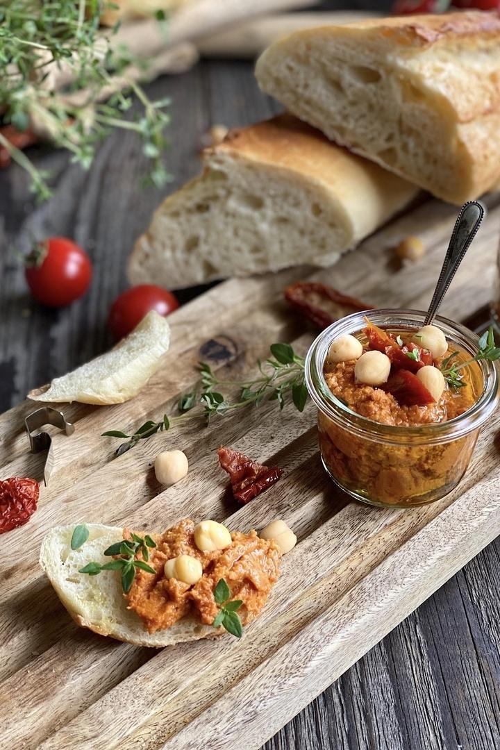Rezept Tomaten Hummus – einfach, schnell und lecker