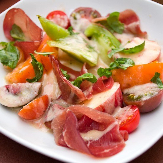 Rezept Tomaten-Pfirsich-Salat mit Bresaola
