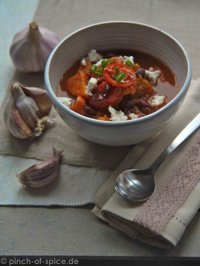 Rezept Tomatensuppe mit Süßkartoffeln und Bohnen