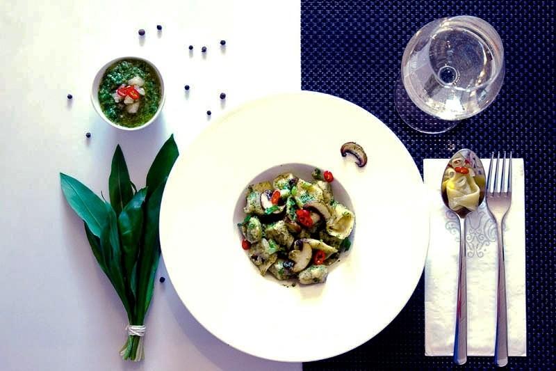 Rezept Tortellini mit Bärlauch-Ricotta-Füllung & Bärlauch-Pesto