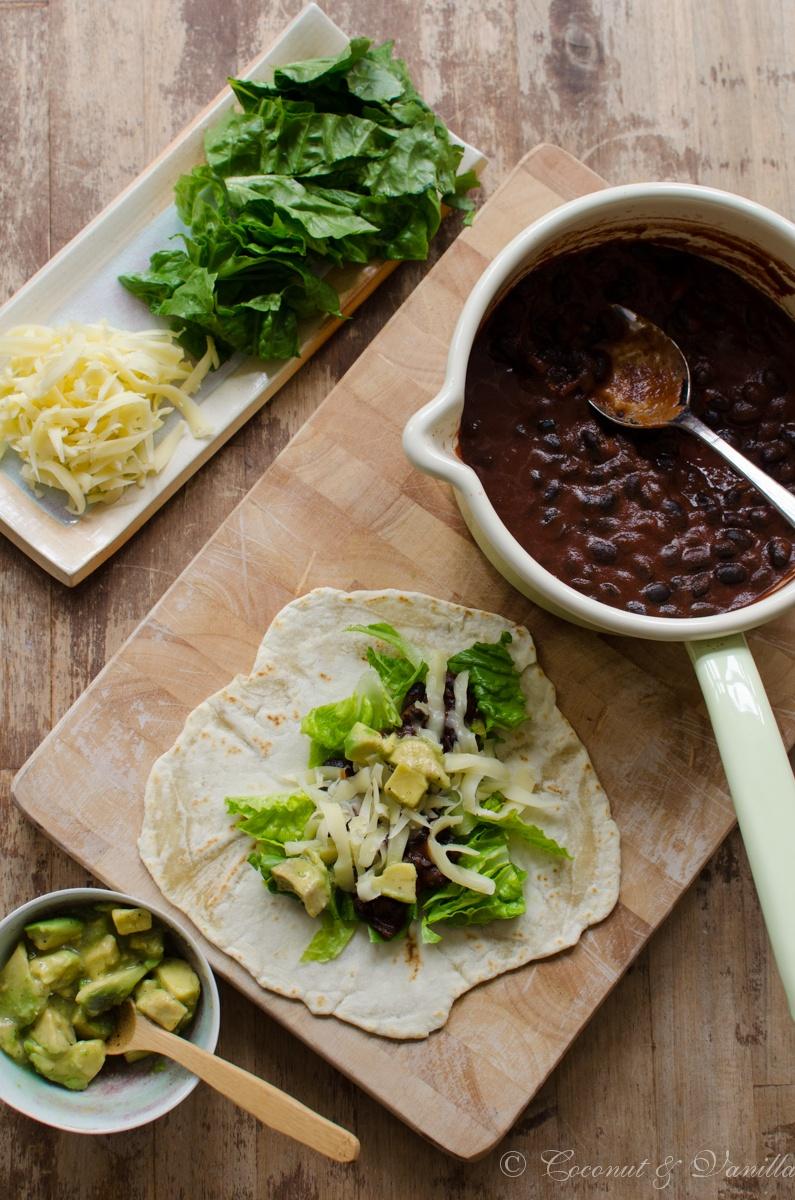 Rezept Tortillas mit schwarzer Bohnen-Mole und marinierter Avocado